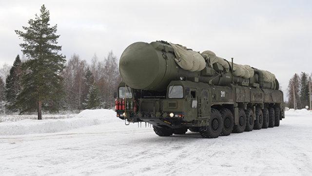 Подвижный грунтовый ракетный комплекс Ярс. Архивное фото.