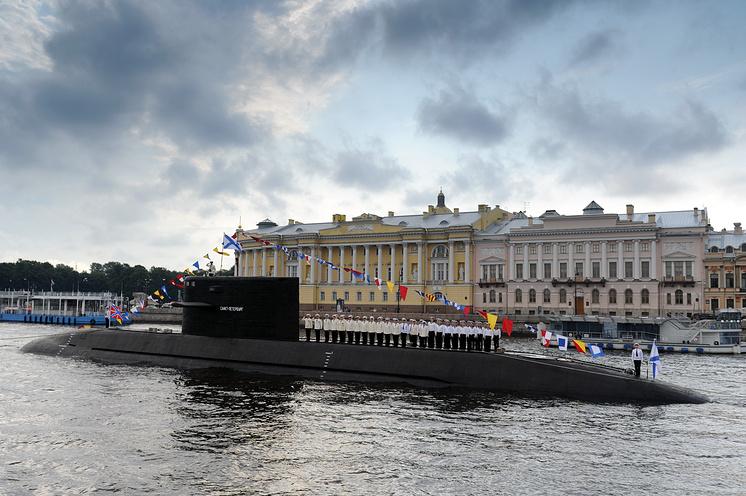 """Подводная лодка """"Санкт-Петербург""""."""