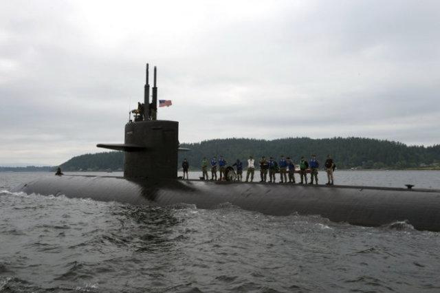 Подводная лодка USS Connecticut.