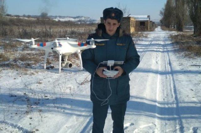 Пока дроны МЧС могут летать и видеть только в хорошую погоду, но оповестить людей о беде не могут.