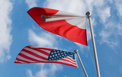 Флаги Польши и США