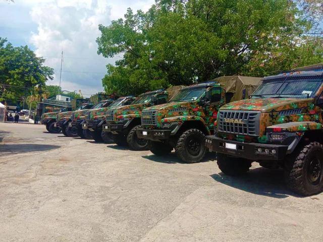 Полиции Филиппин переданы российские грузовые автомобили повышенной проходимости Урал NEXT