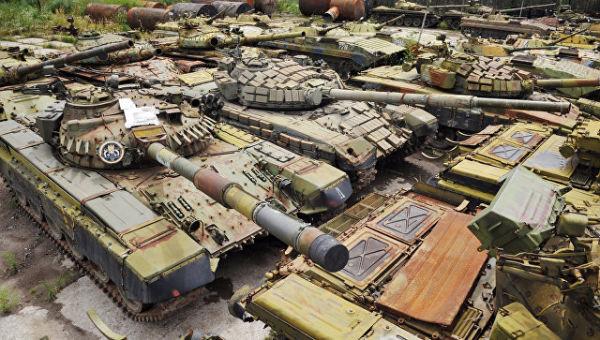 Полигон законсервированной военной техники на Львовском бронетанковом заводе