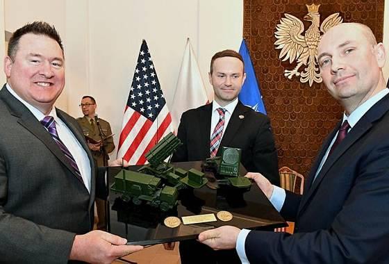 Подписание Польшей соглашения на поставку комплексов Patriot.