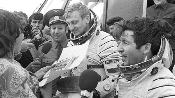 Польский космонавт Мирослав Гермашевский. 1978 год