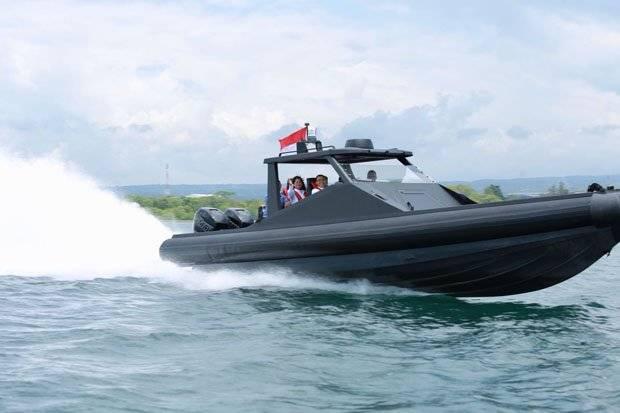 """Построенный для российского """"военного"""" заказчика индонезийской компанией РТ Lundin Industry Invest скоростной катер проекта Х2К Carbotech Special Ops."""
