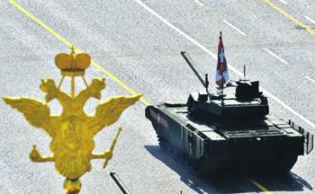 Появление платформы «Армата», в частности танка Т-14, создало массу проблем западным военным. Фото с сайта www.kremlin.ru
