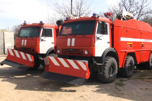 Пожарно-спасательные машины АПСБ-6,0-40-10, выполненные на базе Камаз-63501.