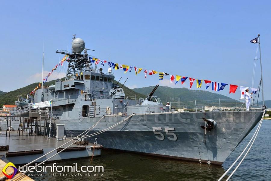 Полученный ВМС Колумбии корвет СМ 55 Narino - бывший южнокорейский РСС 755 Anyang (типа Donghae). Чинхэ, 30.07.2014.