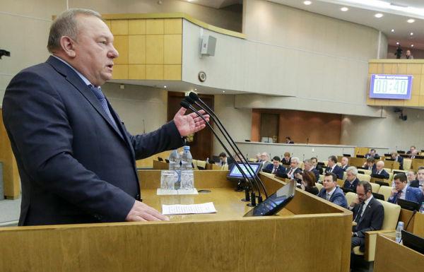 Председатель комитета Госдумы РФ по обороне Владимир Шаманов