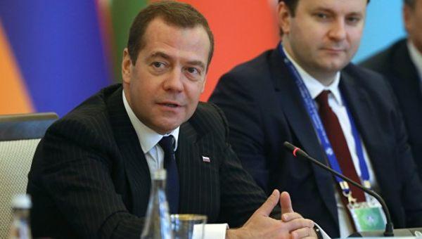 Председатель правительства РФ Дмитрий Медведев принимает участие в заседании Совета глав правительств СНГ в расширенном составе с участием делегаций.