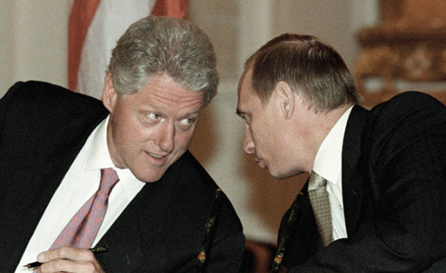 Президент РФ Владимир Путин и президент США Билл Клинтон