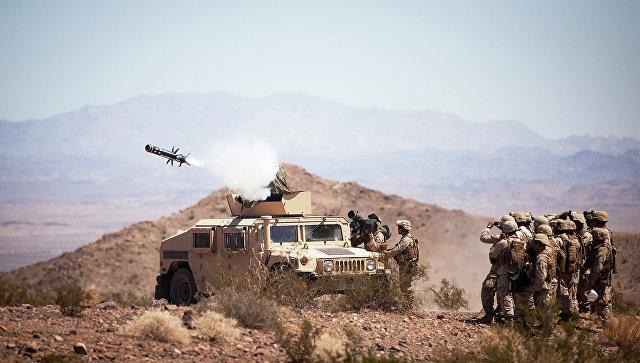 Противотанкокая ракетная комплекса Javelin.