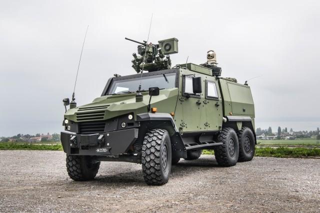 Прототип заказанной швейцарской армии боевой разведывательной машины на базе General Dynamics European Land Systems-Mowag Eagle 6х6 с оснащением разведывательным комплексом TASYS