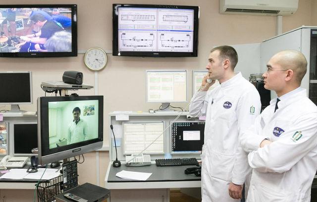 Проведение телемедицинского взаимодействия экипажа и врачей эксперимента SIRIUS-17