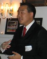 """Проживающий в США гражданин Мексики Адриан Хон Чан, якобы являющийся лидером корейской группы """"Гражданская оборона Чхоллима"""", по официальной версии будто бы совершившей нападение на посольство КНДР в Испании 22.02.2019"""