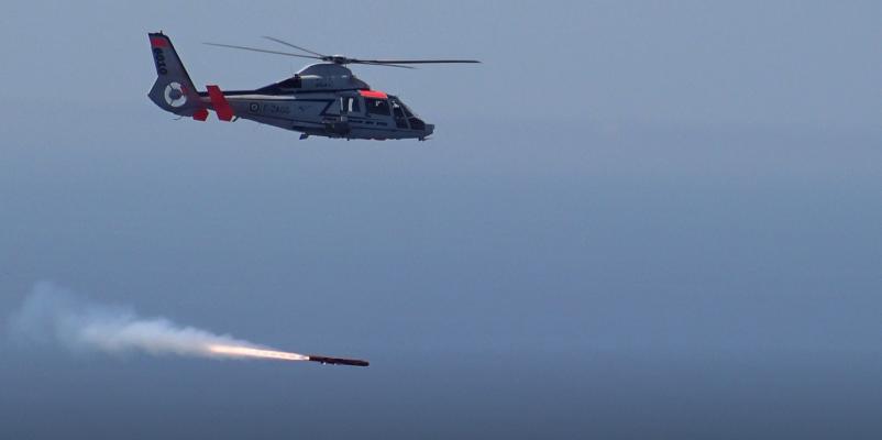 Пуск ПКР Sea Venom с борта вертолета Dauphin.