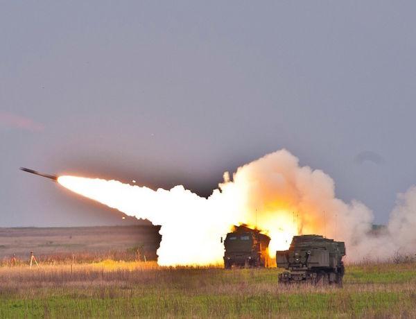 Пуски ракет РСЗО GMLRS