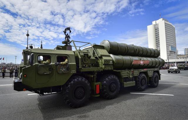 "Пусковая установка ЗРС С-400 ""Триумф"""