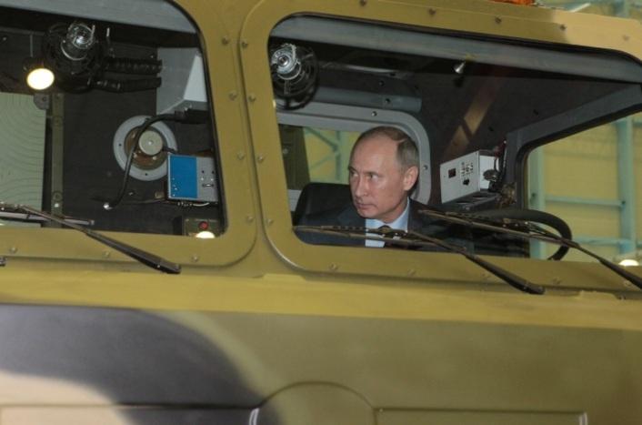 Владимир Путин на Обуховском заводе в Петербурге, 19.06.2013г.