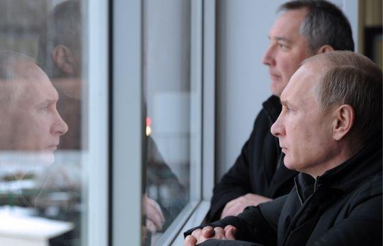Владимир Путин и РФ Дмитрий Рогозин