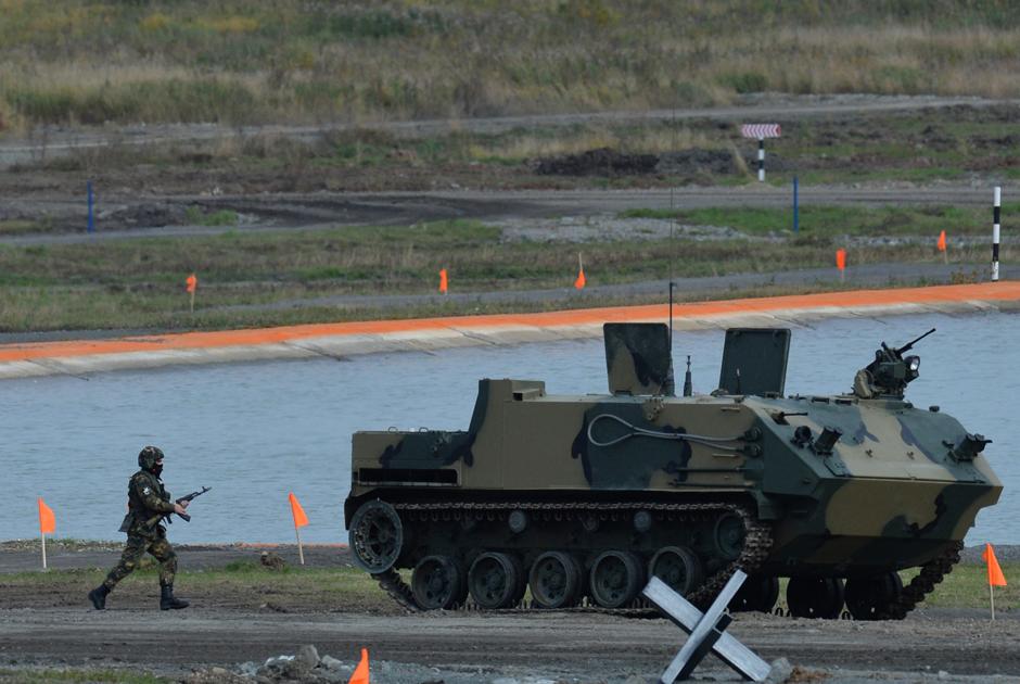Авиадесантируемый бронетранспортер БТР-МДМ «Ракушка» на RAE-2015.