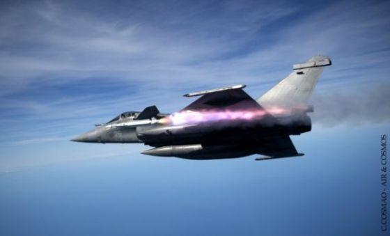 Пуск ракеты Mica EM с истребителя Rafale