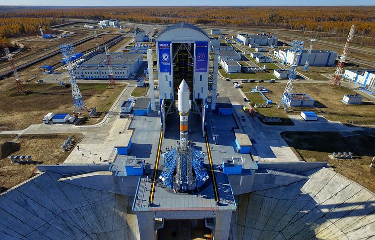 """Ракета-носитель """"Союз-2"""" на космодроме Восточный."""
