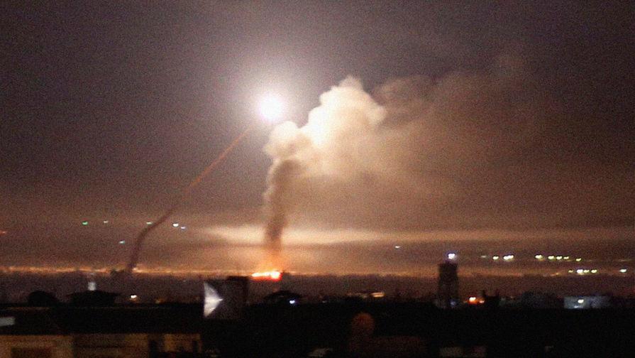 Ракеты над сирийским Дамаском, 10 мая 2018 года.