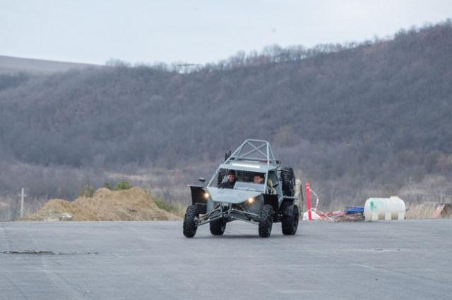 Рамзан Кадыров в Российском университете спецназа протестировал багги Чаборз М-3