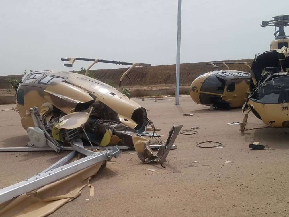 Разбитые ураганом вертолеты Eurocopter AS550С2 Fennec ВВС Чада. Нджамена (Чад), 01.07.2017.