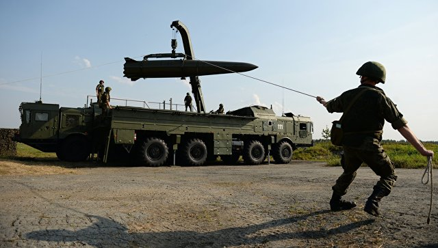 Развёртывание оперативно-тактического ракетного комплекса Искандер-М. Архивное фото.