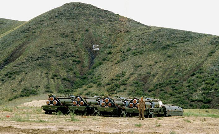 Реализация договора между СССР и США о ликвидации ракет средней и меньшей дальности.