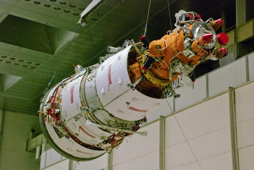 """Спутник серии """"Ресурс - П"""" планируют запустить в 2014 году"""