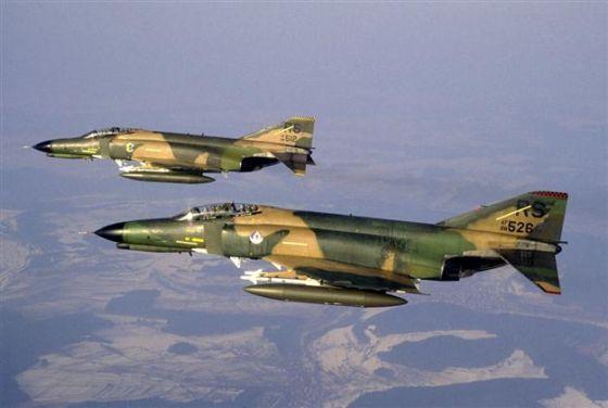 Самолеты-разведчики RF-4E