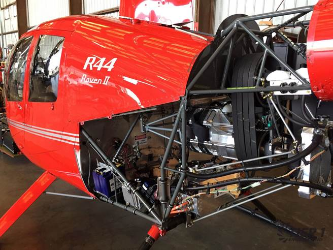 Электрический вертолет на базе Robinson R44.