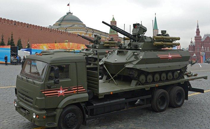 """Роботизированный комплекс """"Уран-9"""" на генеральной репетиции военного парада на Красной площади."""