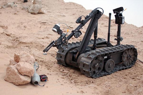 Робототехнический комплекс TALON производства компании QinetiQ North America.