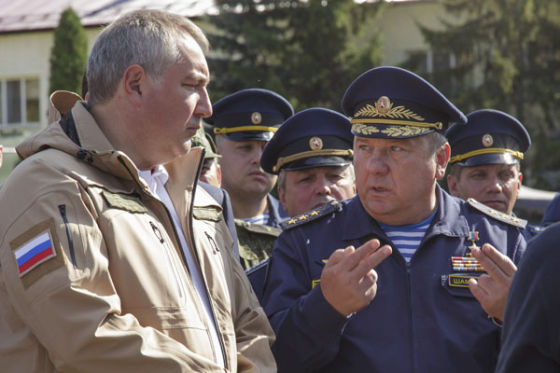 Дмитрий Рогозин и Владимир Шаманов