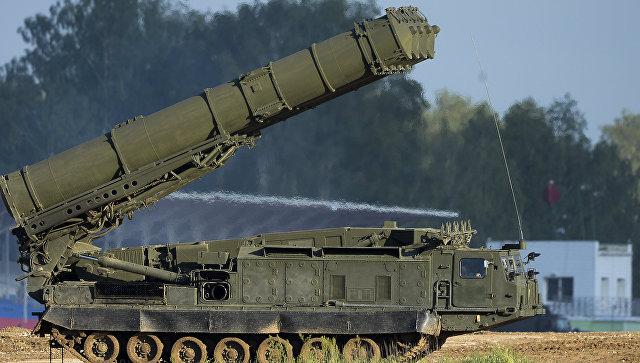 Российская система ПВО С-300ВМ Антей-2500. Архивное фото.