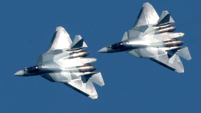 Российские истребители пятого поколения Су-57