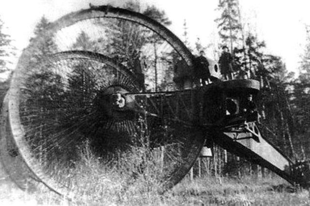 Российский Царь-танк, созданный в 1914 году.