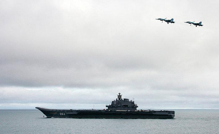 """Российский авианосец """"Адмирал Кузнецов""""."""