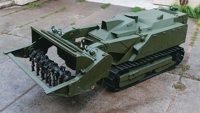 Российский разведывательно-боевой робот Уран-6. Архивное фото.