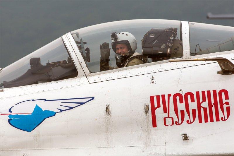 """Денис Плаксин. """"Русские Витязи"""" на выставке Airshow China 2014"""