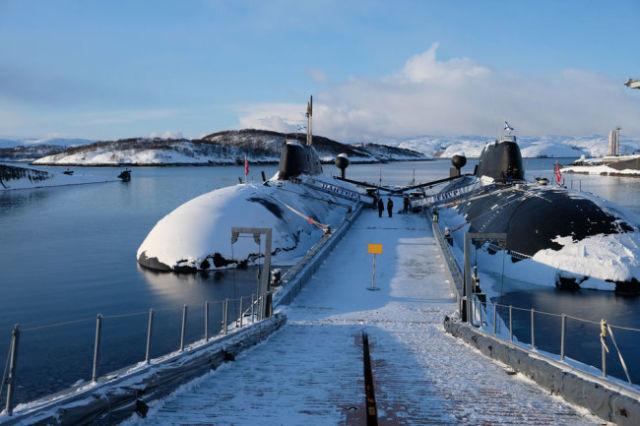 """Русские ядерные """"Акулы"""" одинаково боеспособны и в водах Арктики, и в тропических океанах."""