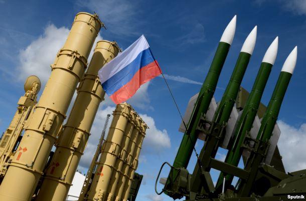 """Зенитно-ракетные комплексы С-300 """"Фаворит"""" и """"Бук М3"""" ПВО России."""