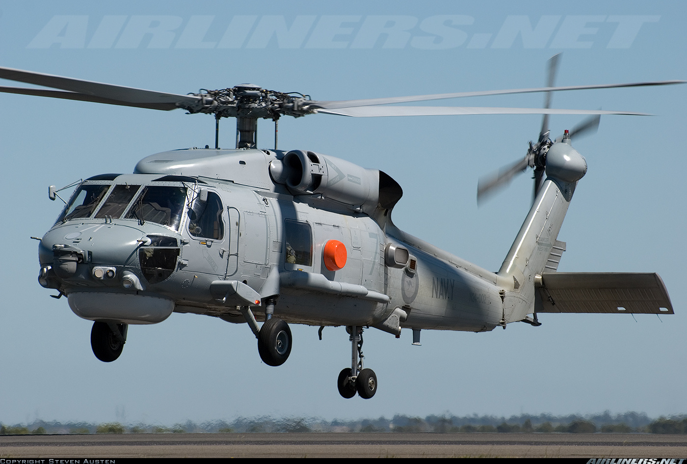 Вертолет S-70B-2 Seahawk ВМФ Австралии.
