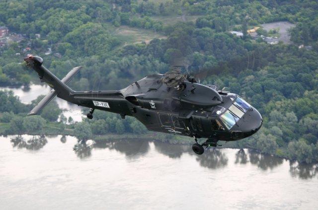 Вертолет The S-70i Black Hawk сборки польской компании PZL Mielec (дочернее предприятие Lockheed).