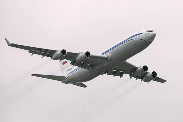 Самолет Ил-96-400М